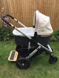 UPPAbaby Vista Travel System Pram and Carry Cot