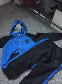 Brand new boys converse tracksuit age 3-4!!