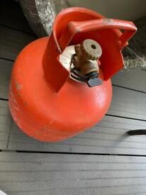BRAND NEW CALOR 3.9KG PROPANE GAS BOTTLE - STILL SEALED