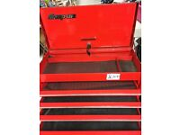 "26"" Snap on tool box top box with keys excellent condition can deliver"