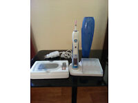 ORAL B5000 Electric Toothbrush