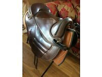 Torsion treeless saddle size 1 (medium)