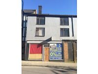 LET BY - 2 BEDROOM - APARTEMENT - NEWCASTLE STREET - BURSLEM - STOKE ON TRENT - LOW RENT