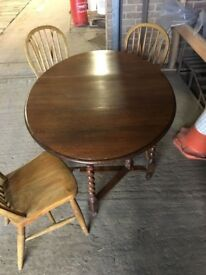 Gate leg table with 3 Oak chairs