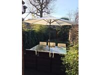 Superb 6 seater Dining Cube Set with umbrella and original cover and cushions in great condition.