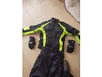Frank Thomas motorcycle jacket, trousers and BKS gloves