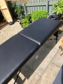 Massage table foldable