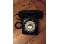 Black retro dial phone