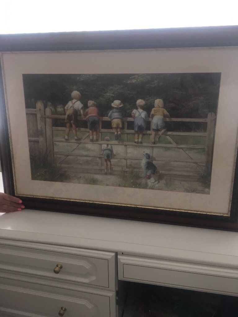 Lovely wall art picturein Chelmsford, EssexGumtree - I am selling lovely picture wall art of children on a gate. I am selling due to downsizing