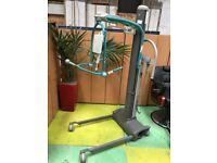 Arjo MaxiMove Patient Hoist w/Scales/Electric Disability & Elderly Patient Hoist