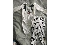 H&M boys Mickey Mouse matching top and trousers 1-2 months