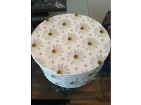 Hat Box Large Daisy Print