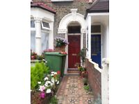 QUICK SALE!!! 3 bedroom Mid. terraced house for sale in Greater London direct by Landlord