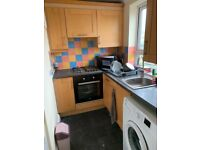 2 Bedroom refurbished flat furnished