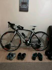 Carbon Fibre Road Bike Bicycle Immaculate condition