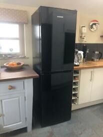 Daewoo Black Fridge Freezer (full working order, but freezer drawer damage)
