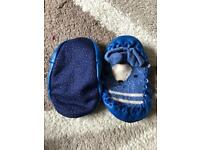 Baby slippers 0-6 months