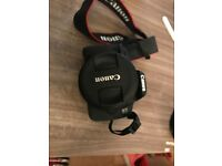 Canon camera 700d with 18-55mm lens excellent condition