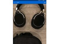 Oppo pm3 headphones all boxed with accessories