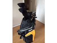 Wilson Mens Golf Clubs with Bag