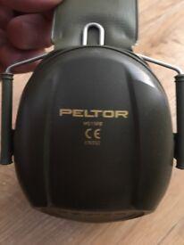 Military peletor ear defenders