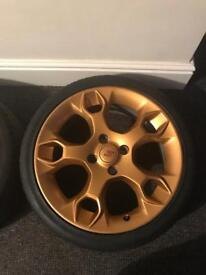 """Genuine Ford Street pack 17"""" Alloy wheels in gold."""