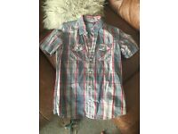 Men's Superdry shirt, Size Large, 10 ONO