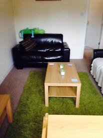 STUDENTS 17/18 3 Bed Flat