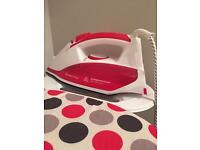 Russell Hobbs Iron + Ironing Board