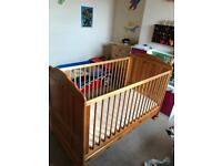 Cot bed / toddler bed with mattress