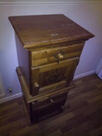 Pine Chest of drawers and 2 x matching bedside tables