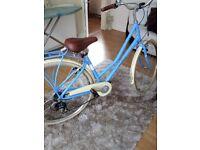 Lovely new ladies Victoria pendleton bike too vig for me