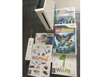 Nintendo wii complete. Fully working 5 good Games
