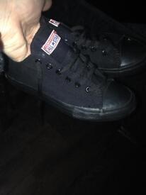Black cons size 1