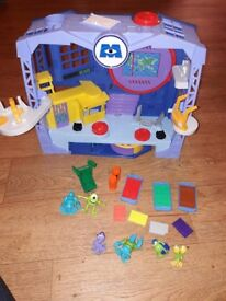 RARE Imaginext Monsters Inc Playset excellent condition