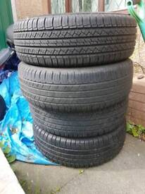 4 x Michelin tyres 225/65/17