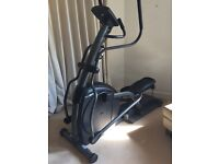 Elliptical Horizon E4000 Premier in excellent condition