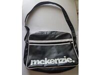 Mckenzie Mens Shoulder Messenger Satchel Bag - Black and white