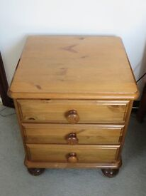 Ducal pine 3 drawer bedside cabinet with bun feet