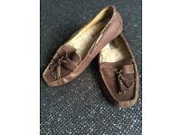 NEW UGG Moccasin Shoe Slippers UK 4.5 UGG Australia