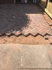 Driveways, Patios, Fencing, Graveling, Brickwork, Landscaping. IB Paving Limited - 5 YEAR GUARANTEE