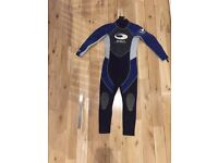 Scarcely used children's SSP Wetsuit age 6