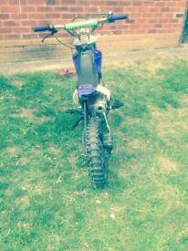 Pit bike 125 cc all working good lil bike