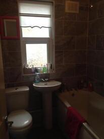 2 bedroom flat for rent L4