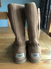 Genuine children's ugg boots size 3.5