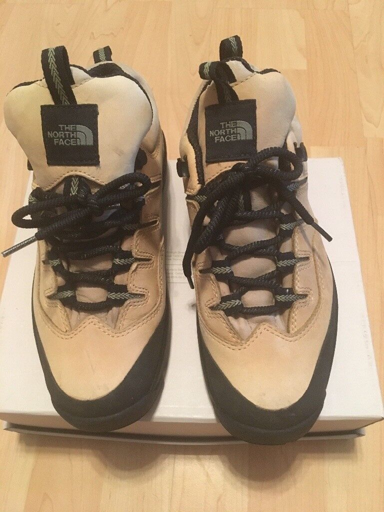THE NORTH FACE - Beige & Green Nubuck Walking Boots/Shoes Ladies (Size 4)