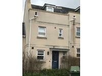 4 bed town house to let ideal for professionals and families