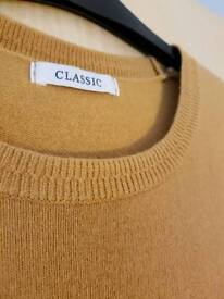 M&S Size 10 Mustard yellow short sleeved knitted top.