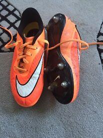 Nike Hypervenom size 5