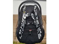 Car seat-carrier for a baby (from birth to 10 kg)
